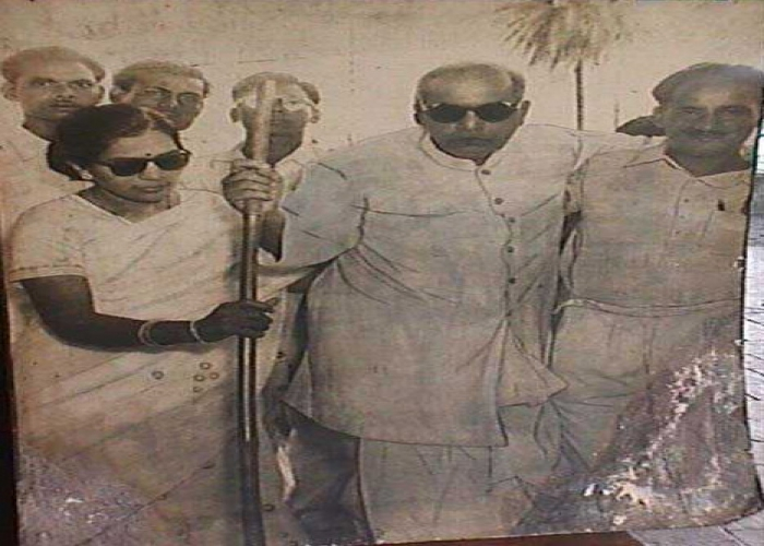 Deeksha ceremony at Nagpur on 14.10.1956. Seen in the picture are Mrs. Savita Ambedkar, Mr. Nanakchand Rattu (PA to Dr. Ambedkar) and Samta Sainik Dal volunteers